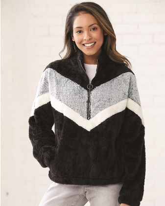 Boxercraft Women\'s Chevron Fuzzy Fleece Pullover FZ05