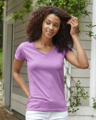 Gildan Heavy Cotton™ Women\'s V-Neck T-Shirt 5V00L 2-Pack