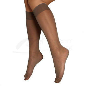 Berkshire Women\'s Plus-Size Queen All Day Knee High Pantyhose with Toe 6451