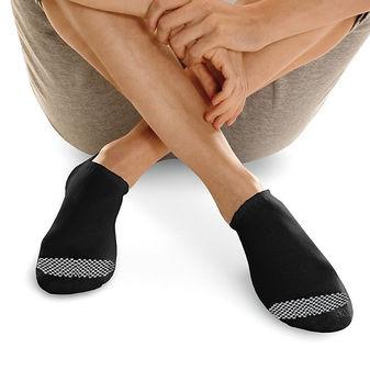Hanes Women\'s Cool Comfort No Show Socks Extended Sizes 8-12, 6-Pack 650V6P