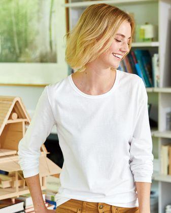 Hanes Nano-T® Women\'s Long Sleeve Scoopneck T-Shirt S04LS